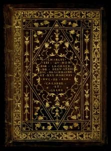 Reliure en veau à décor doré, dédicacée à Charles III.