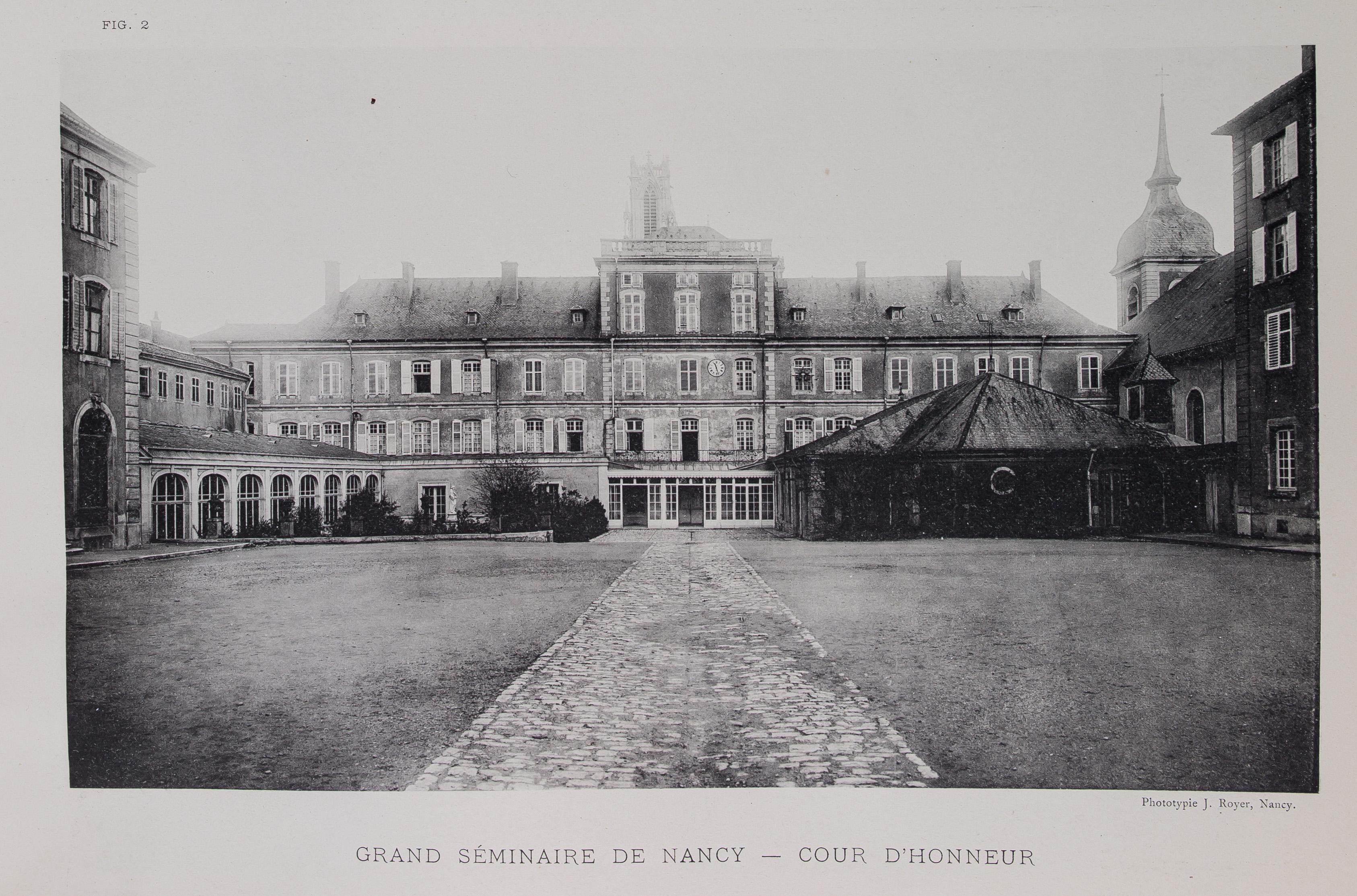 Grand séminaire de Nancy - cour d'honneur, Nancy monumental et